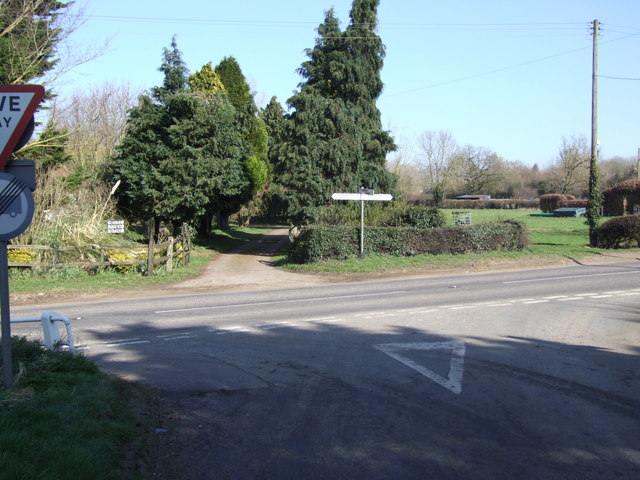 Junction on B1527 at Road Green
