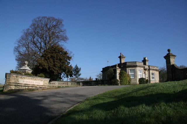 Gatehouse to Redgrave Park