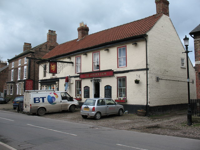 Golden Lion Pub, Helperby