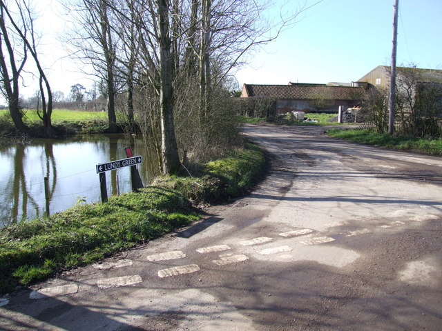Junction, Pond and Farm, Lundy Green