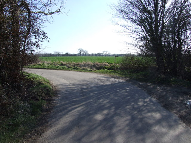 Start of Footpath on Bend, Lundy Green
