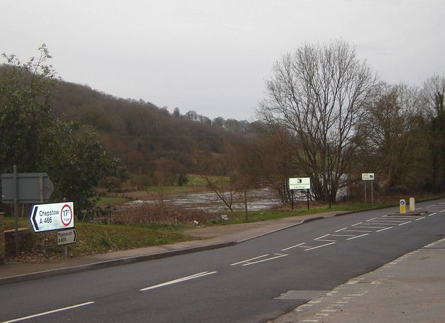 Road Junction and national boundary, Redbrook