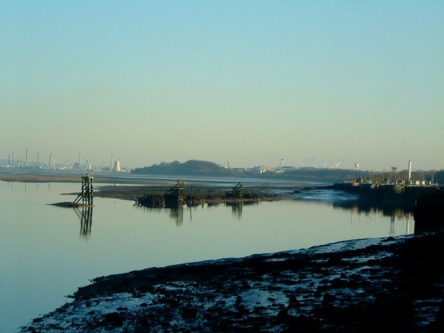 Low tide on the Mersey