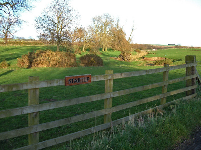 Entrance to Startup Farm, near Saltwick