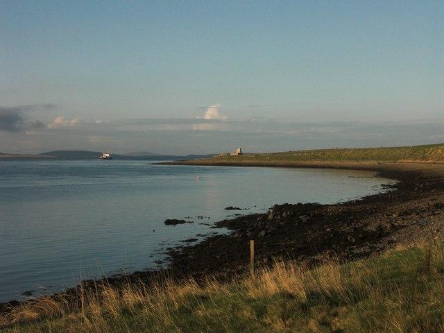 Furrowend Bay looking towards Galt Ness