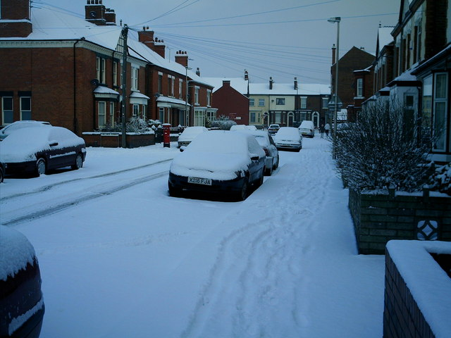 Snowy day in Darwin Street ,  Castle,  Northwich ,  March 2006