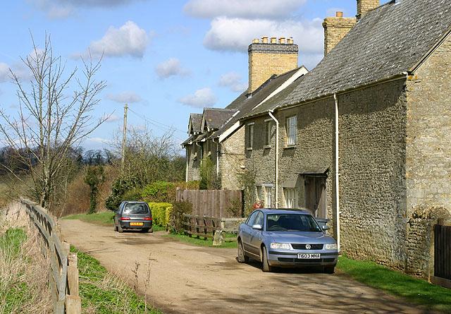 Grimsdyke Farm Cottages