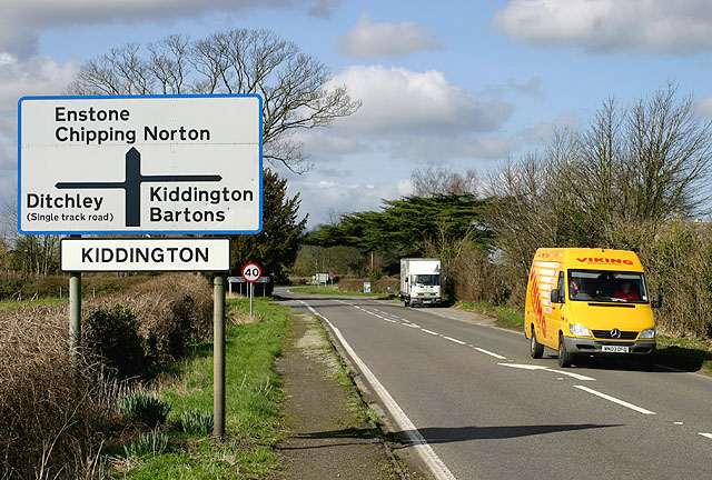 The A44 at Kiddington
