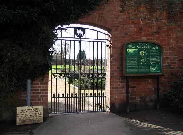 Allesley Park walled garden