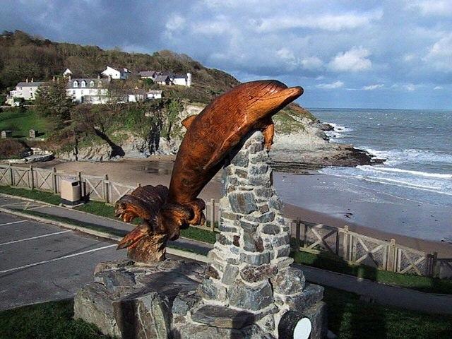 Dolphin statue, Aberporth