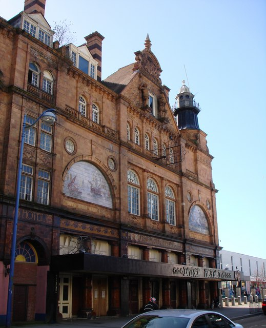 Palace Theatre façade, Union Street