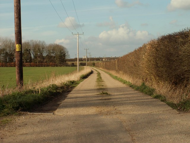 Approach to Skinner's Farm