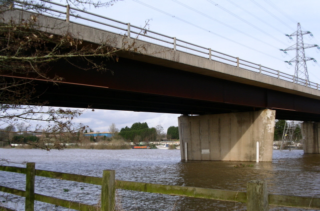 Carrington bridge over the Severn south of Worcester