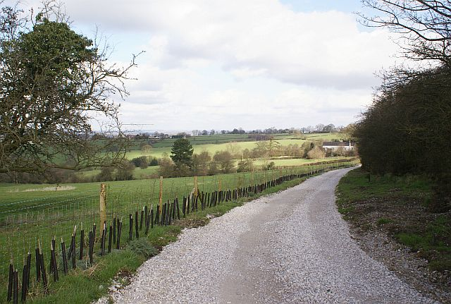 Footpath to Snapes Lane