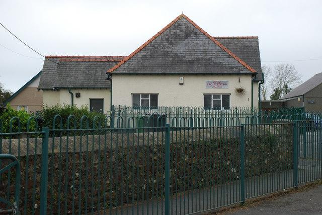 Ysgol Bro Plenydd Y Ffôr Primary School