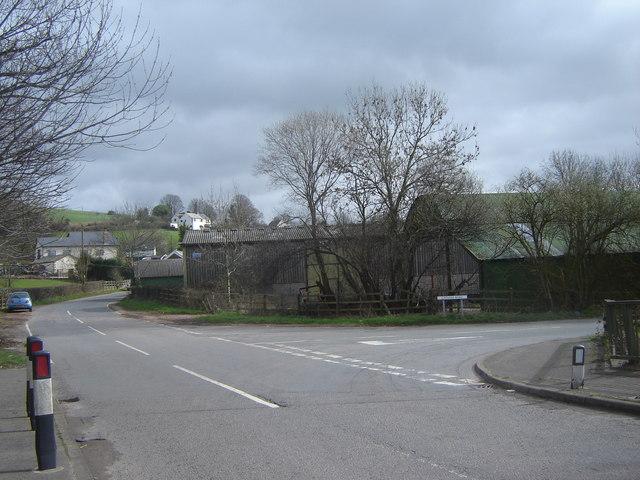 Road junction, Cat's Ash