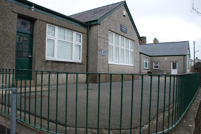 Ysgol Gynradd Llangybi Primary School