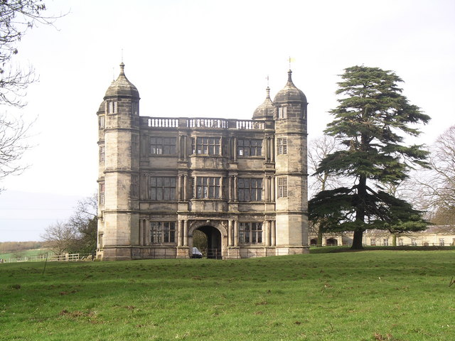 Tixall Gatehouse from the lane