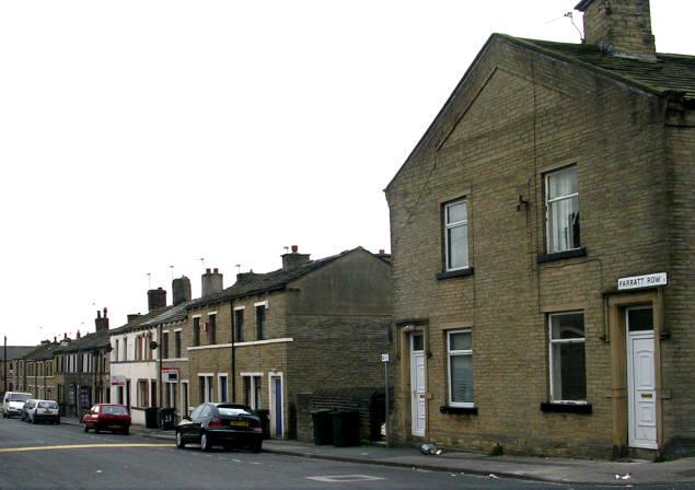 Parratt Row, Laisterdyke