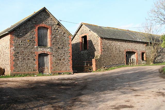 Morchard Bishop: barns at Hill Barton