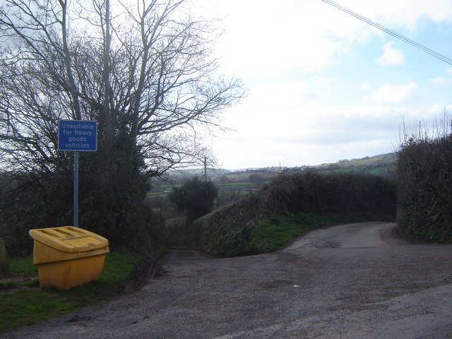 Country lane junction at Parc-Seymour