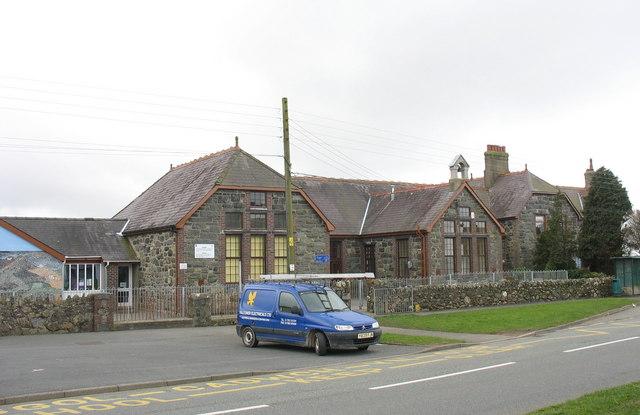 Ysgol Gynradd Bethel Primary School