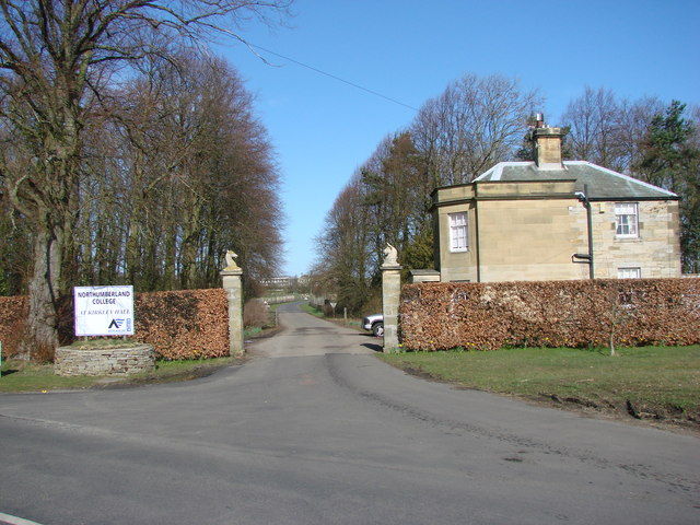 The Driveway to Kirkley Hall College.