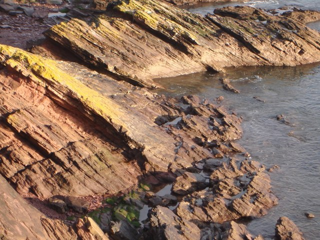 Rock Strata, south end of Goodrington Beach