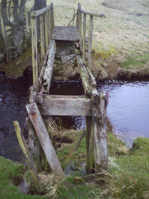 Ruined Bridge, North Medwin.