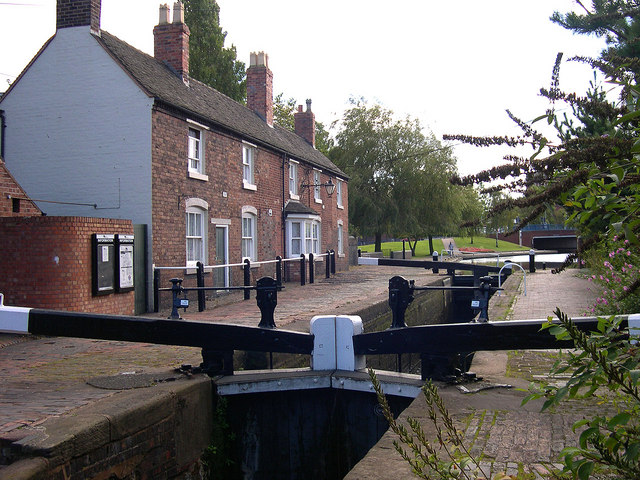 Wolverhampton Top Lock and Keeper's Buildings
