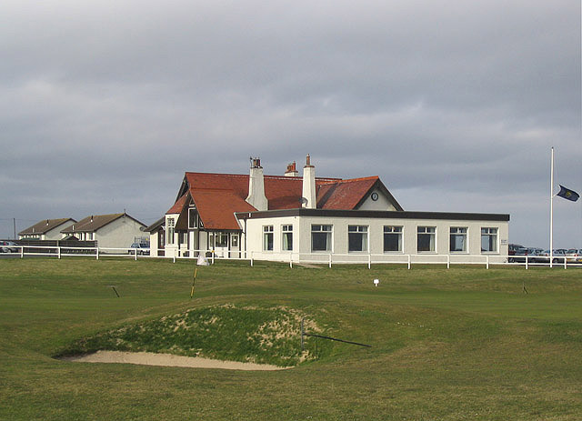 The clubhouse at Dunbar Golf Club