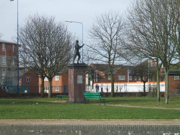 Canalside Park