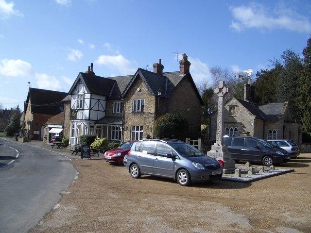 Turvey Village Centre & the Three Cranes Public House