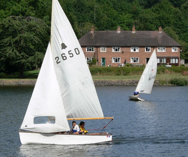 Sailing boats on Trimpley Reservoir