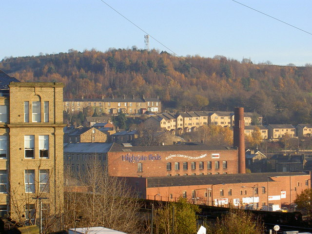 Caulms Wood and mills, Dewsbury from Eightlands