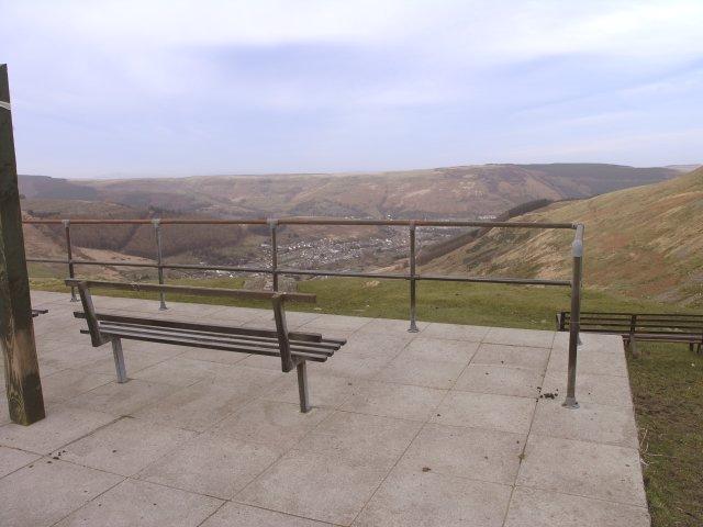 Viewing area on Bwlch Y Clawdd