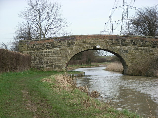 Bridge no.9 on the Ashby-de-la-Zouche canal