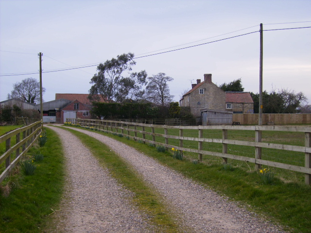Bellwood Farm showing short access track
