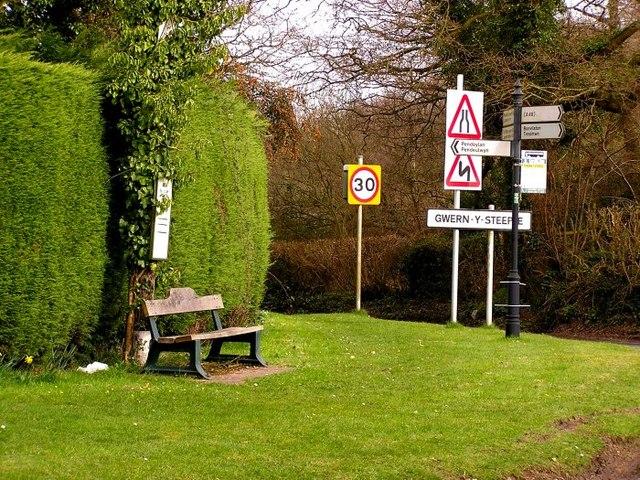 Crossroads at Gwern-y-Steeple