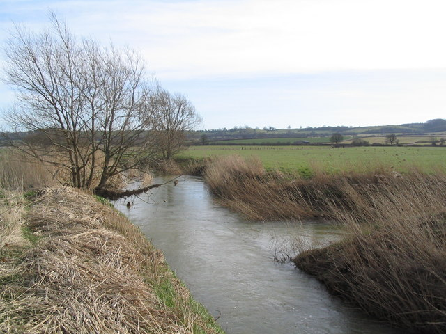 Confluence of the Eye Brook with the River Welland
