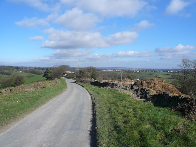 Bolehill Lane - View approaching Bolehill Farm