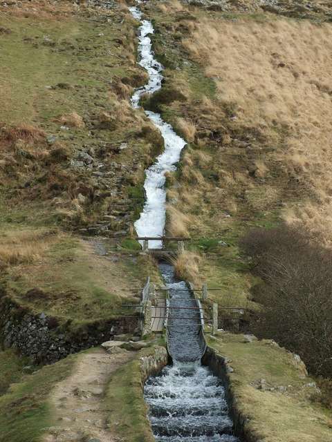 The aqueduct and waterfall in the Devonport leat near Raddick Hill