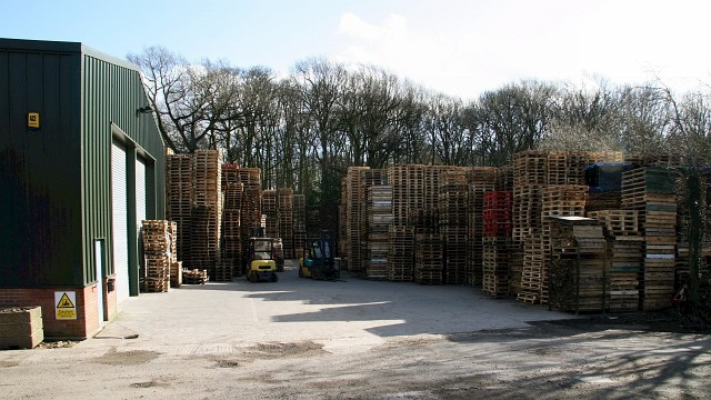 Pallet Repair and Manufacturing