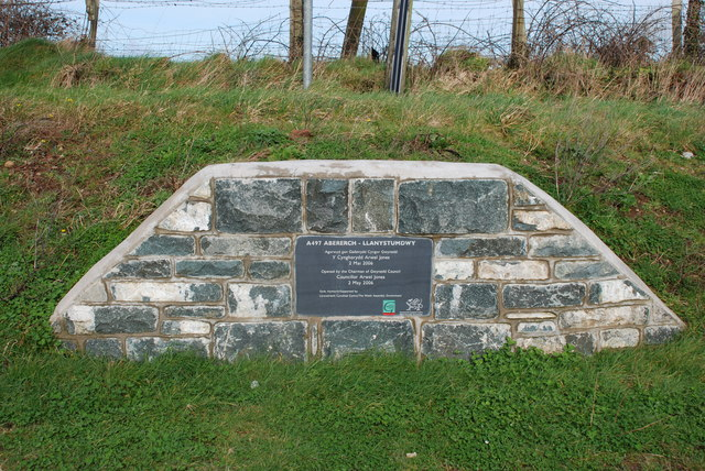 Plaque on A497 at Penygroes Chwilog