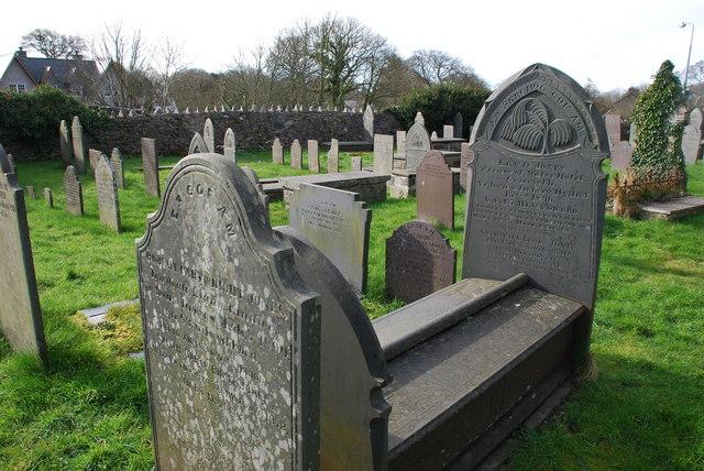 Mynwent St Ioan Llanystumdwy St John's Churchyard