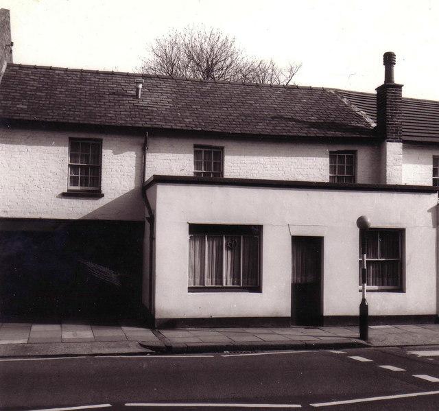 Former pub in Hampton Hill High Street
