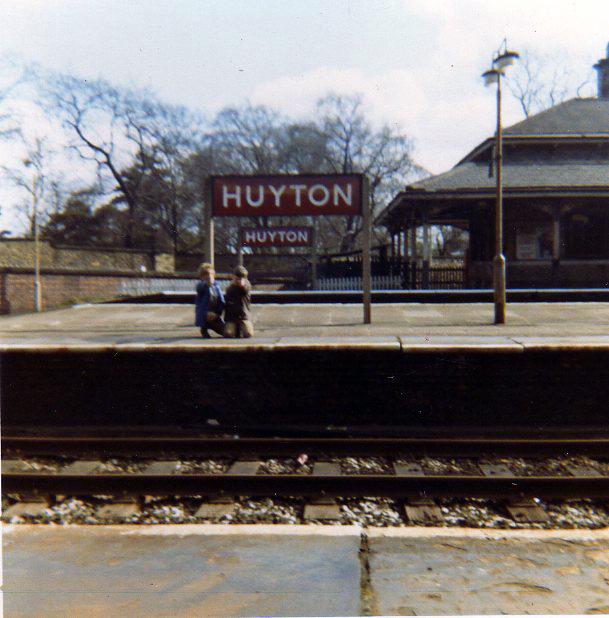 Huyton Station about 1970 - platform ends