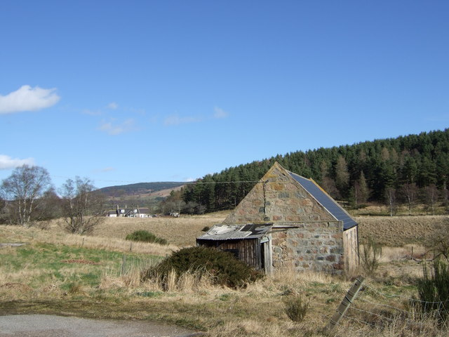 Steading by Mill of Gellan cottage