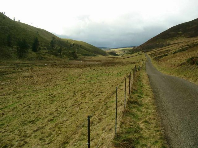 The road to Auldallan and Balintore