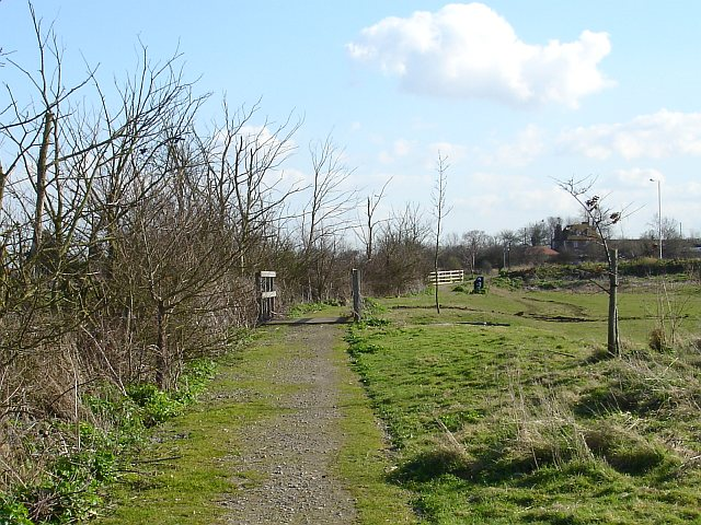 Footpath from Parish Road to Scocles Road